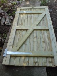 diy wood gate