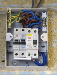 new wiring/sockets/switches keeps tripping :( help please ... wiring diagram for rcd garage consumer unit #12
